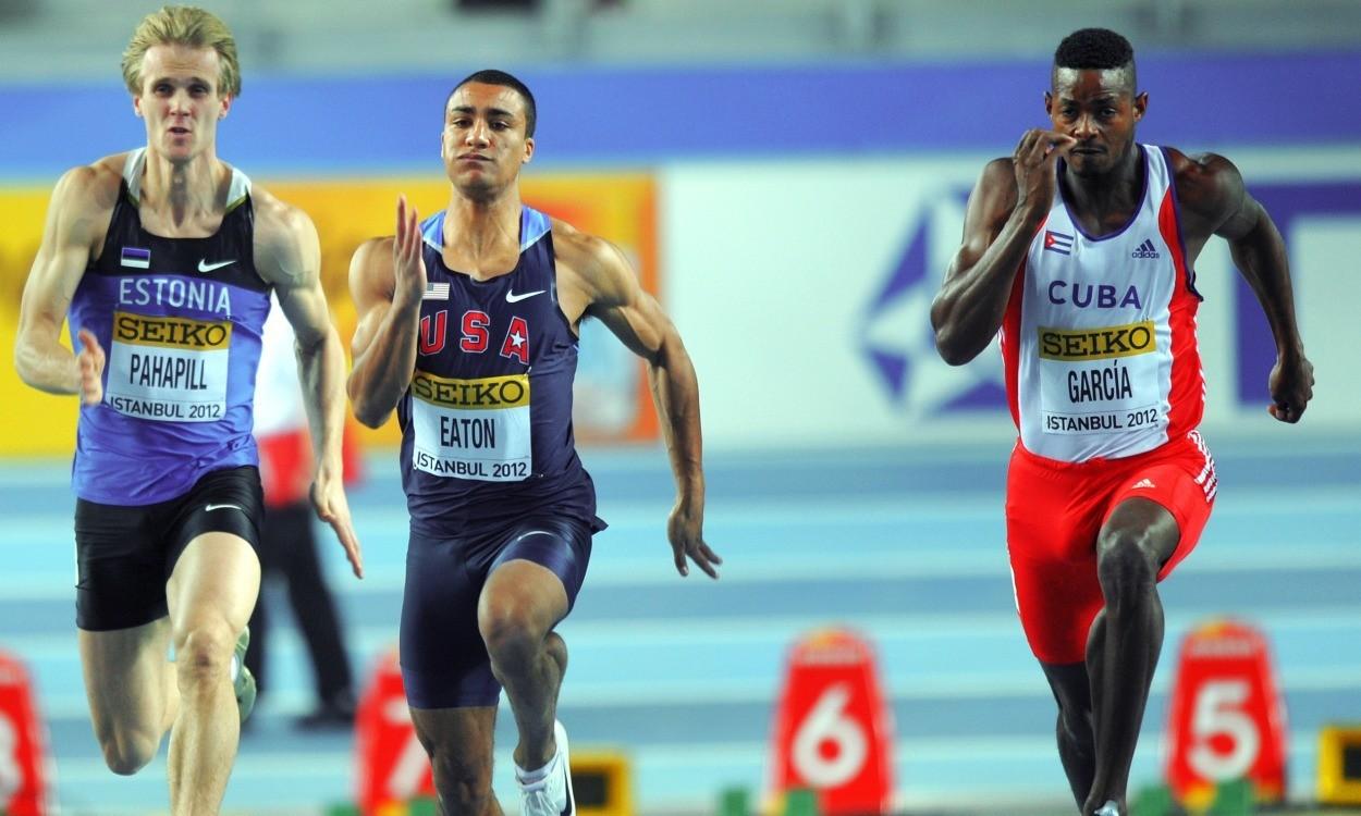 Ashton Eaton eyes a world heptathlon record
