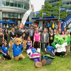 Hill and Yamauchi help launch 2015 ASICS Greater Manchester Marathon