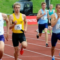 Video: English Schools senior boys 400m
