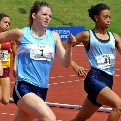 Video: English Schools senior girls 400m