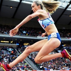 Eilish McColgan eyes British steeplechase record