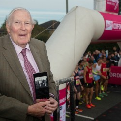 Roger Bannister receives award for achievements
