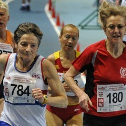 Ros Tabor and Darren Scott among athletes to impress in Torun