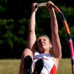 Holly Bradshaw feeling fresh ahead of Beijing