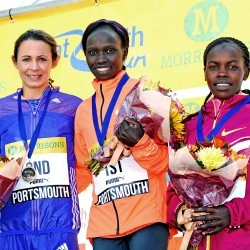 Vivian Cheruiyot and Moses Kipsiro prevail in Great South Run