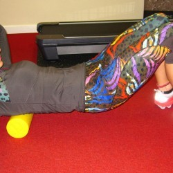 Foam roller to thoracic spine