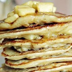 Recipe: Go Faster spelt and oat apple power pancakes