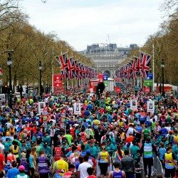 The Queen announced as official starter for 2018 London Marathon