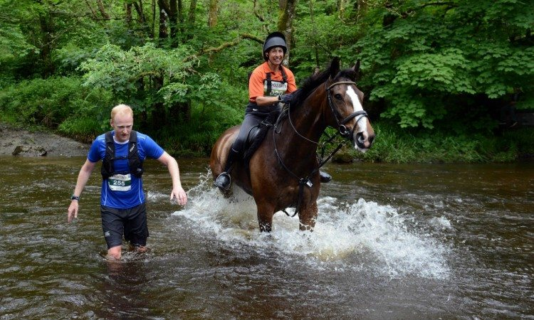 Horse wins in latest Man v Horse race