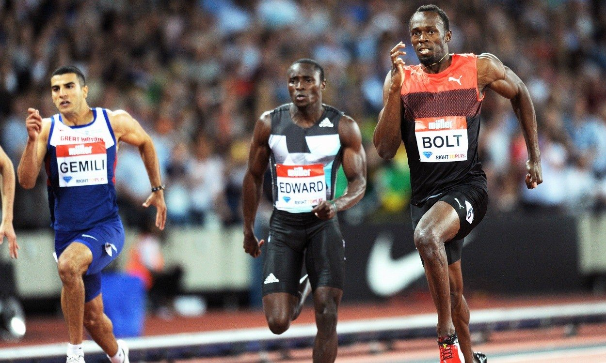Athletics weekly usain bolt makes statement with 200m anniversary