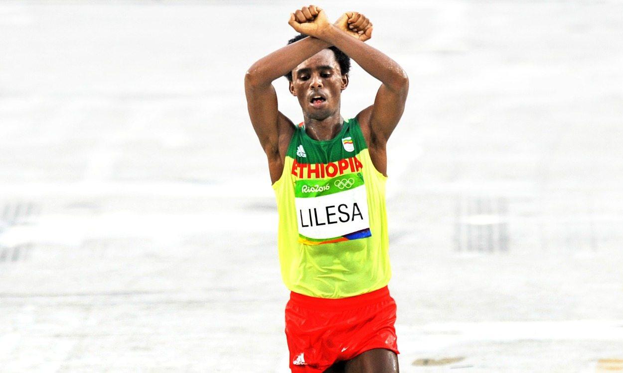 No Ethiopia return for Olympic marathon medallist Feyisa Lilesa