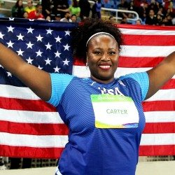 Last-gasp win for big shot Michelle Carter at Rio 2016