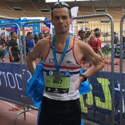 Steve Smythe achieves record 40-year span of sub-3:00 marathons