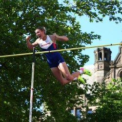 Holly Bradshaw breaks British record at Great CityGames Manchester