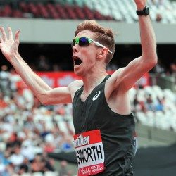 Tom Bosworth battles to world mile race walk record at Anniversary Games