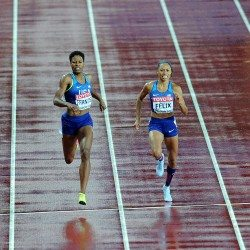 Phyllis Francis strikes 400m gold after Shaunae's stumble