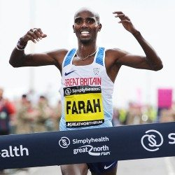 Mo Farah wills himself to make it four in a row at Great North Run