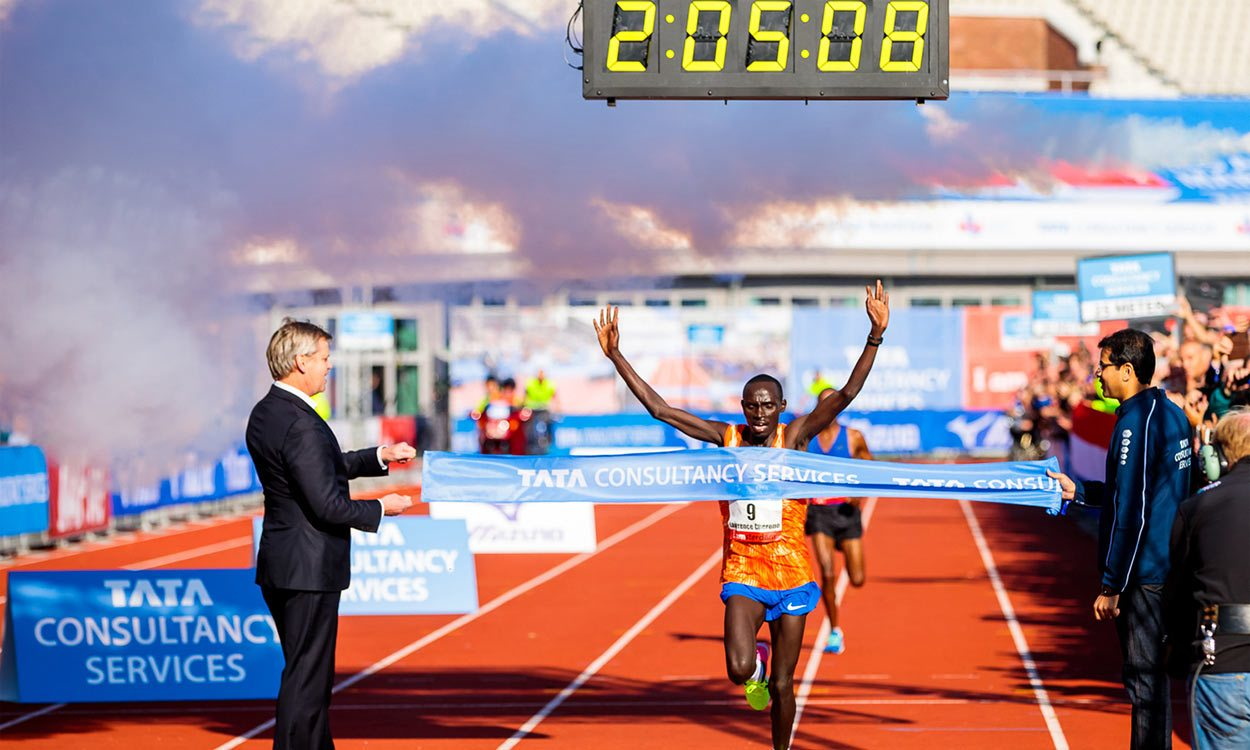 Lawrence Cherono breaks Amsterdam Marathon course record - weekly round-up