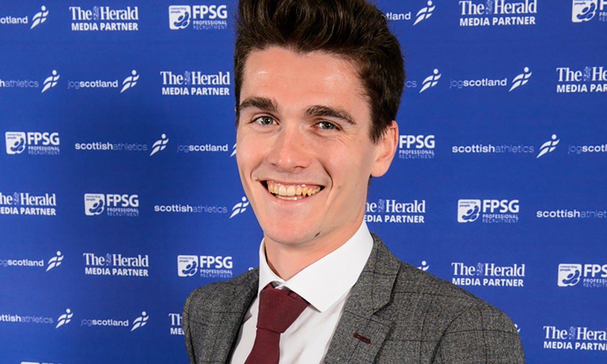 Callum Hawkins wins FPSG Scottish athlete of the year award