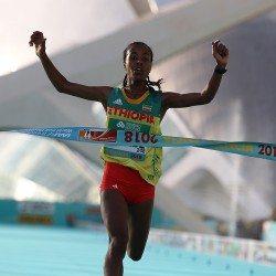 Impressive wins by Netsanet Gudeta and Geoffrey Kamworor in Valencia
