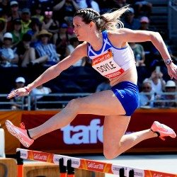 Eilidh Doyle among athletes to impress on busy Gold Coast Games morning