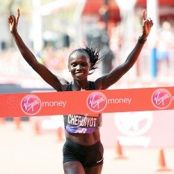 Vivian Cheruiyot seizes her chance to win the London Marathon