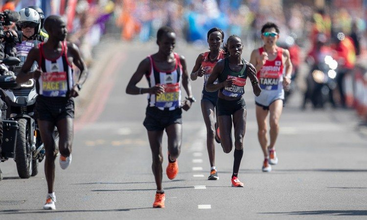 Vivian-Cheruiyot-and-Mary-Keitany-by-Jed-Leicester-for-Virgin-Money-London-Marathon-2018