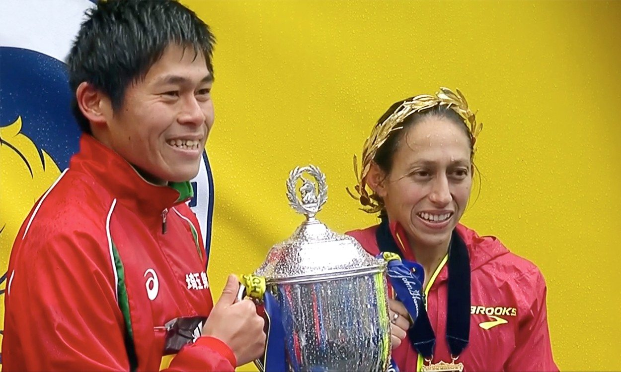 Desi Linden and Yuki Kawauchi win rain-soaked Boston Marathon