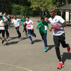 Mo Farah joins London youngsters for daily mile