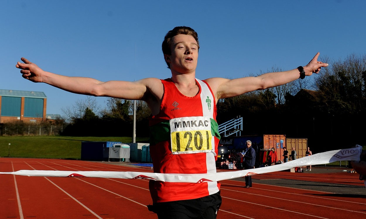 AFD, Notts AC and Birchfield Harriers enjoy road relay success