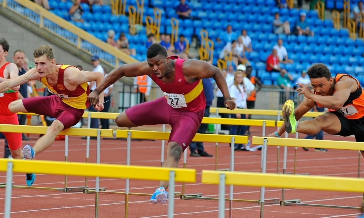 Video: English Schools senior boys 110m hurdles