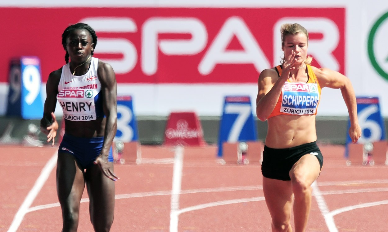 Favourites progress as European Champs get under way
