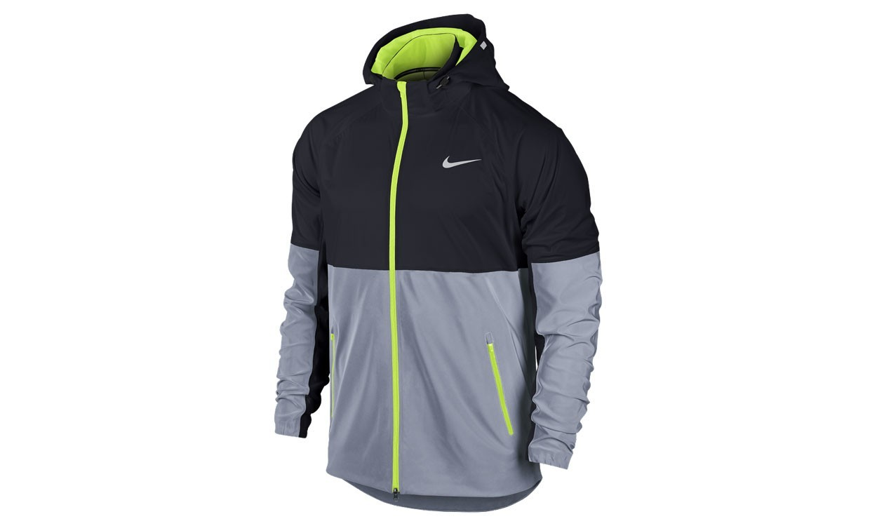 e7f9569160d4 Nike Shield Flash Running Jacket - Athletics Weekly