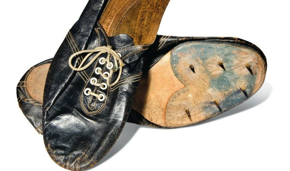 Roger Bannister's sub-four-minute mile shoes to be auctioned
