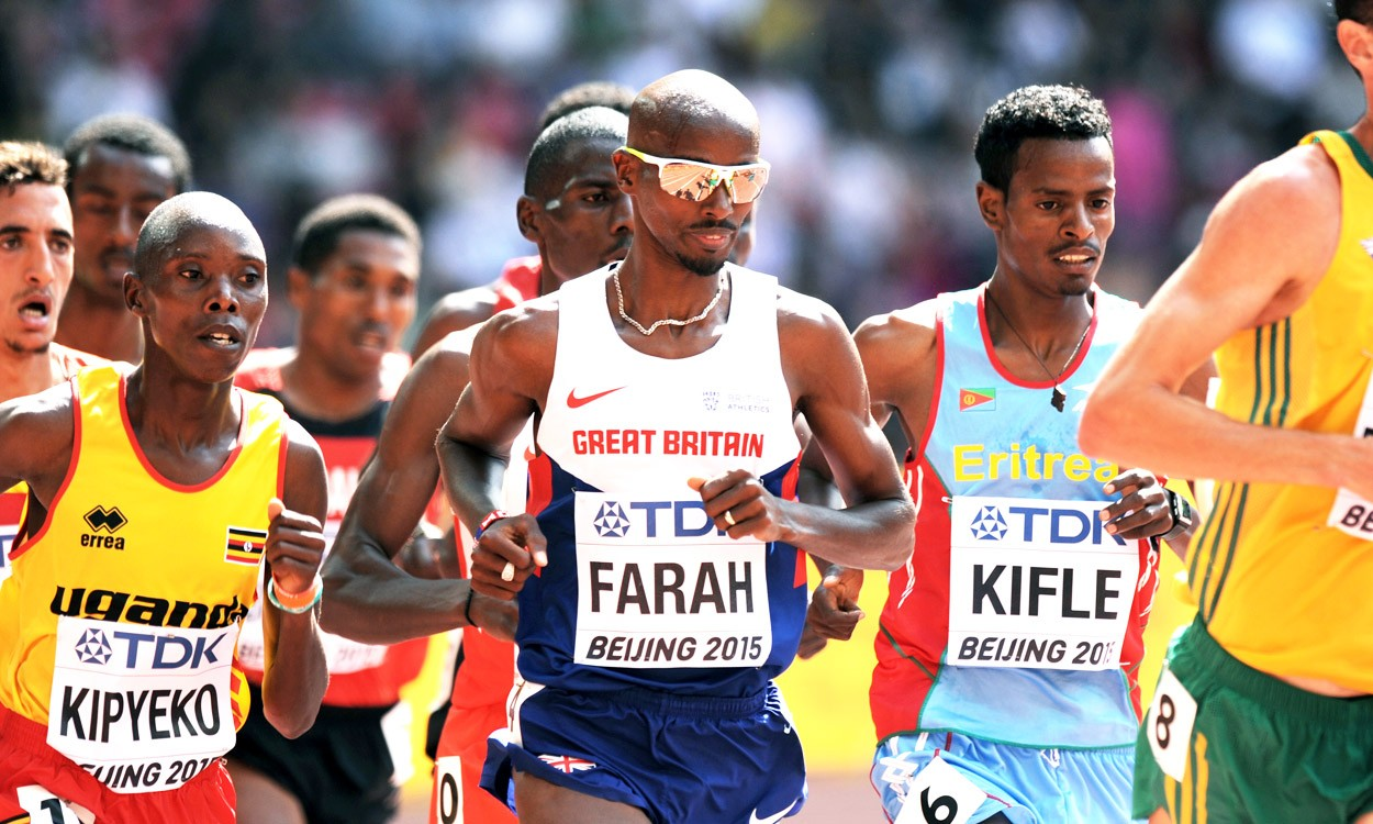Mo Farah still on track for world double in Beijing