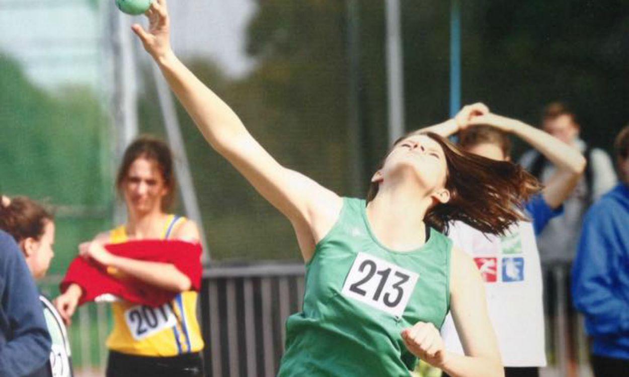 Hannah Molyneaux in a spin