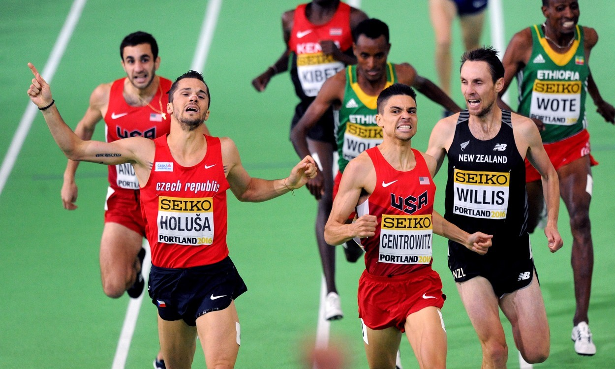 Host nation USA dominates World Indoor Championships