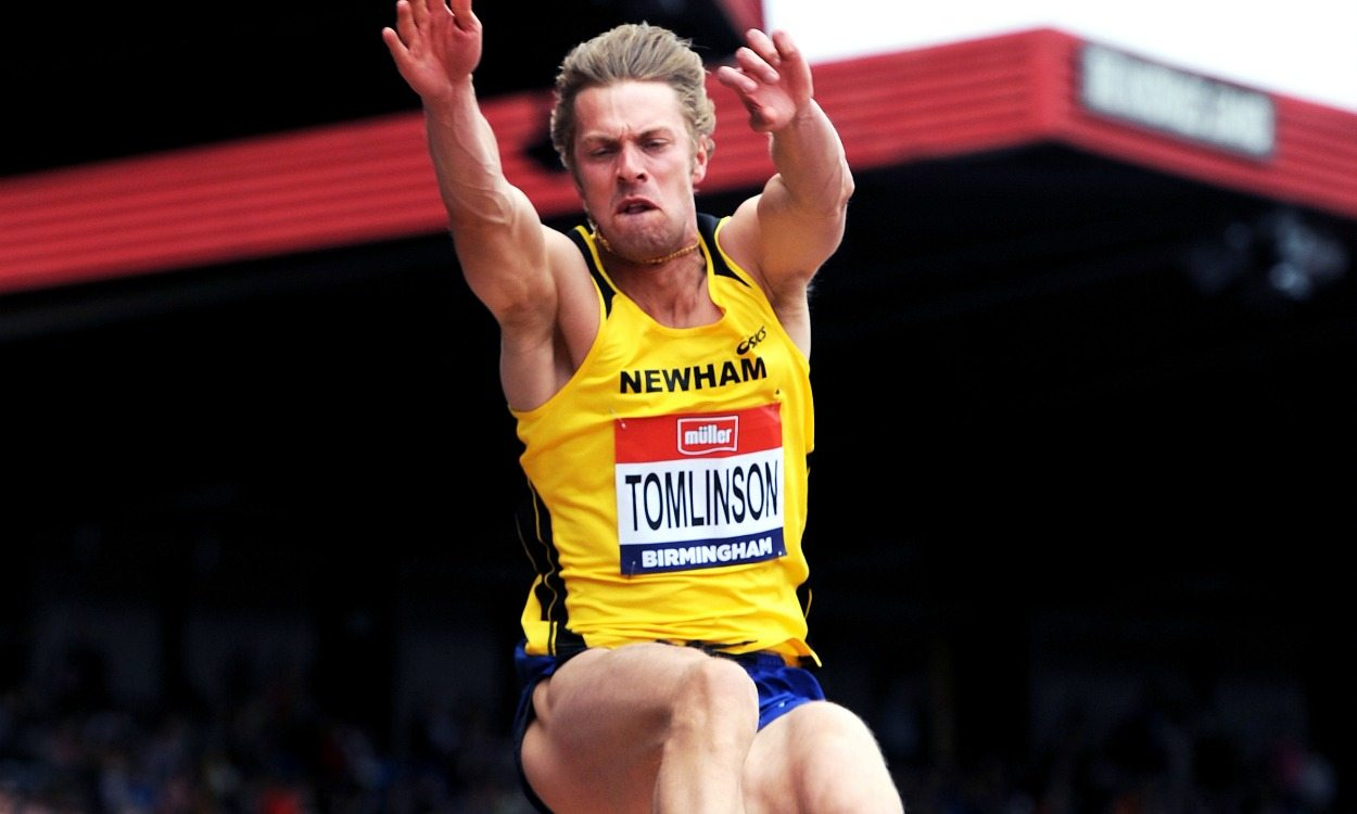 Chris Tomlinson draws curtain on competitive career