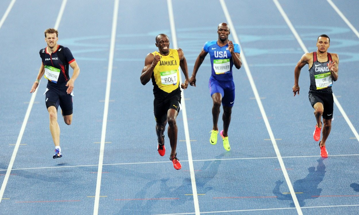Usain Bolt wins third Olympic 200m title in Rio