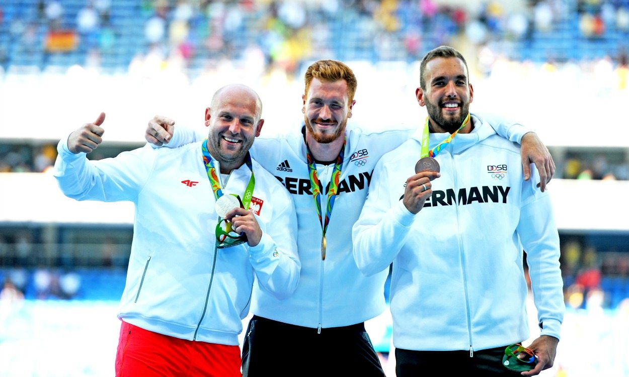 Christoph Harting wins dramatic discus final at Rio 2016