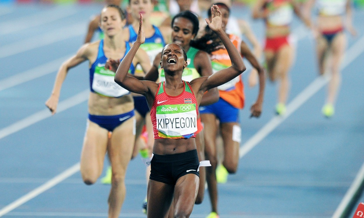 Faith Kipyegon beats Genzebe Dibaba to Olympic 1500m title
