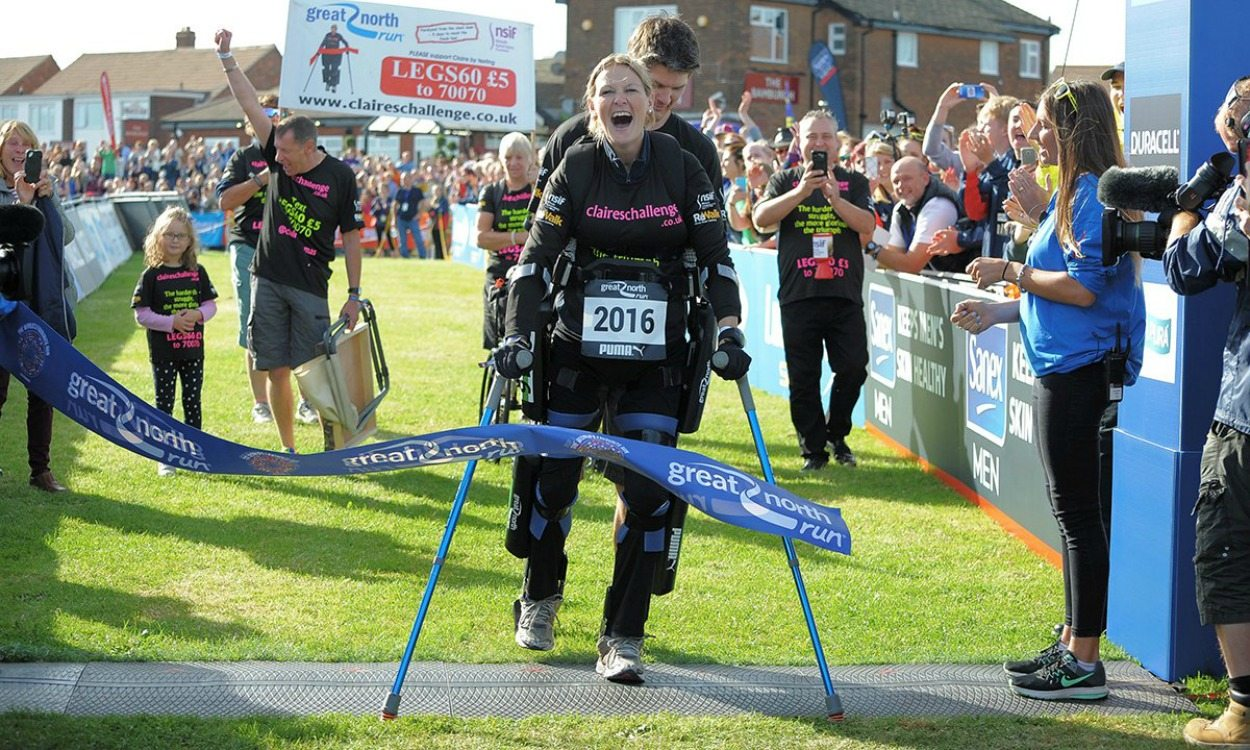 "'Bionic' woman Claire Lomas completes ""incredible"" Great North Run"