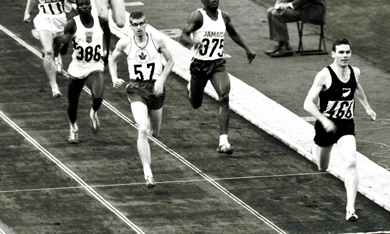 Supermiler Peter Snell dies aged 80