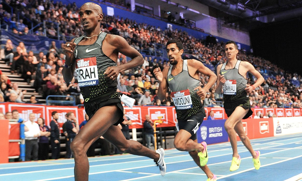 Mo Farah breaks European record as he bids farewell to indoor racing