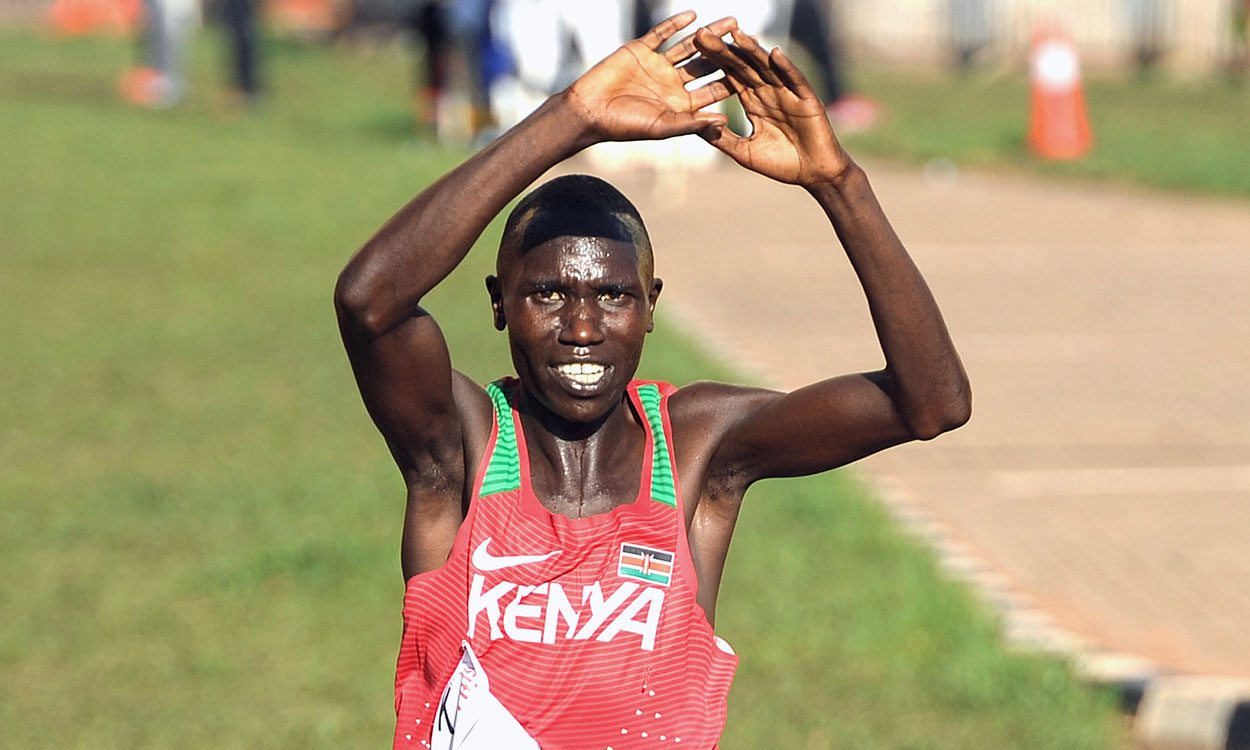 Geoffrey Kamworor crushes host nation hopes to retain World Cross title