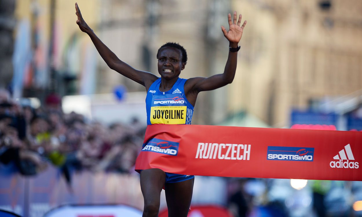 Joyciline Jepkosgei smashes four world records at Prague Half Marathon