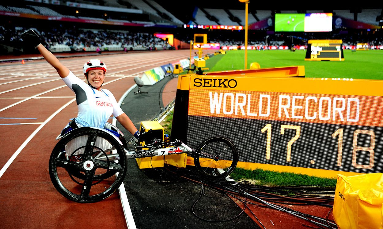 Hannah Cockroft smashes world record for eighth world title