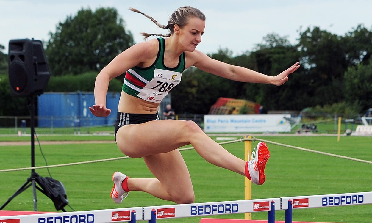 Kirsten McAslan wins hurdles title at England Athletics Senior Champs