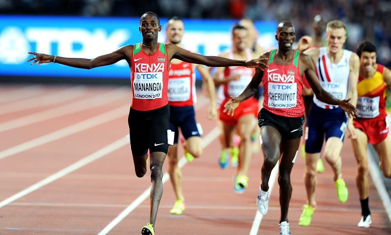 Elijah Manangoi leads Kenyan 1-2 in world 1500m