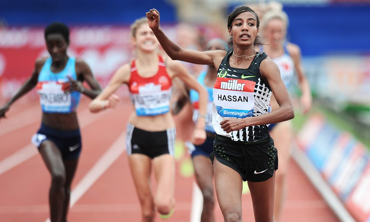 Sifan Hassan storms to record-breaking 3000m success in Birmingham